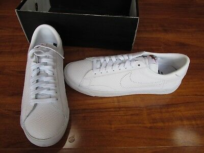 sports shoes aef83 5d739 NEW Nike Lab Air Zoom Tennis Classic AC Fragment MENS 11 White 857953-111   150