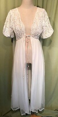 "Lovely Vintage White Nylon Lacy SS Peignoir Robe 30"" Bust Adjustable Waist"
