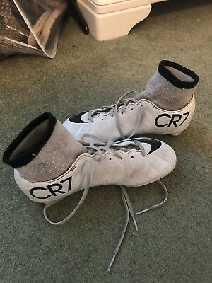 5cc35e8f7 NIKE CR7 WHITE SG Soft Ground Studs Football Boots Size 2 Boys ...