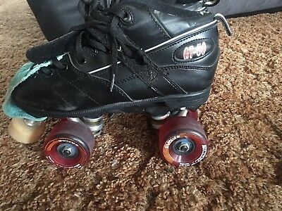 Beginner GT50 Skates Size 7 Plus Full Derby Safety Gear (excl. Mouth Guard)