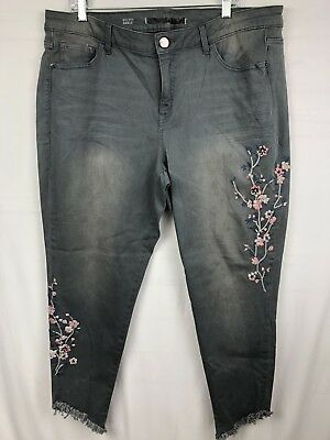 Lane Bryant Women's ankle Jeans size 18 Gray floral embroidered NEW frayed hem