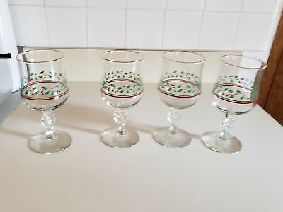 Arbys Christmas Holiday Holly Berry 4 Stem Water Wine Goblets Glasses