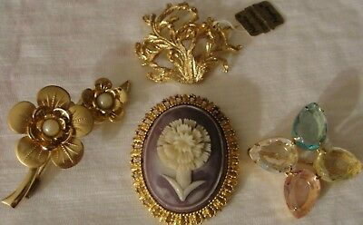 Vintage Lot Of 4 Pins Naper, Avon, Faux Cameo, Flowers, So Pretty!