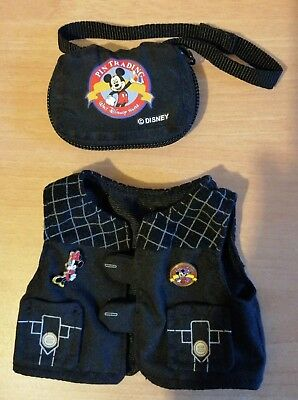 Walt Disney World Pal Mickey Mouse Outfit, Pin Trading Vest & Bag