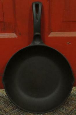 """Antique Wagner Ware Sidney 9"""" Cast Iron Chef Skillet 13860"""