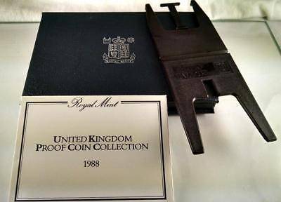 1988 GREAT BRITAIN (UK) PROOF MINT SET w/ FRAME MAKER STAND