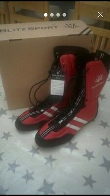 Boxing Boots New Size 8 Red Boxed