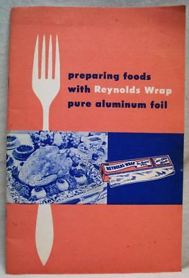 REYNOLDS WRAP ALUMINUM FOIL USES ADVERTISING BROCHURE GUIDE 1950s VINTAGE