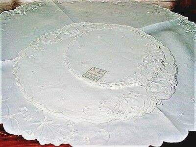 Vtg.Linen(13)White 100%HandEmb.Linen ROUND Doily's 1940's NEVER USED! 3 SIZES!