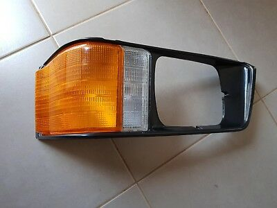 Mitsubishi Express L300 1991-1999 Right Rh Indicator Corner Light Lamp Surround