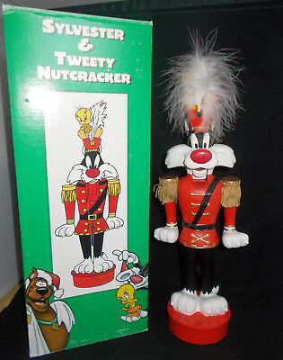 Warner Bros.Sylvester & Tweety Wood Nutcracker 1998 in Box