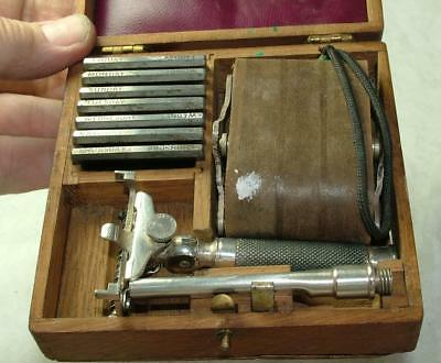Antique Wooden Cased 7 Day Wilkinson Sword Safety Razor Set Good Cond - Lot 24