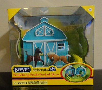 NEW Breyer Frolicking Foals Stablemates Pocket Barn horses toy playset