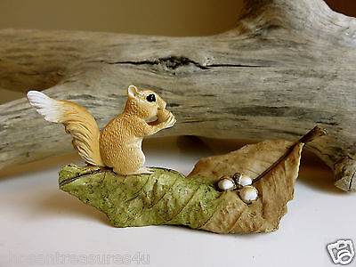 WOODLAND SQUIRREL WITH NUTS MINI FOR FAERIE VILLAGE 4 in. NEW MINIATURE FIGURINE