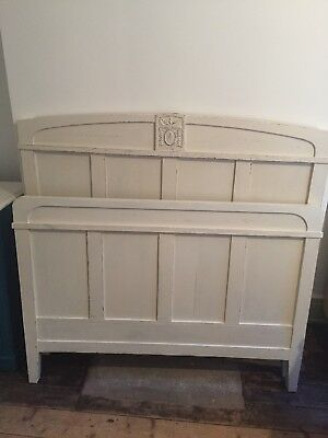 4' Painted French Bed With Side Panels