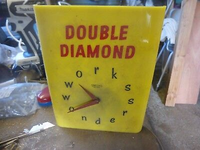 Double diamond pub clock off licence. Electric 240v Made by, Smiths Sectric.