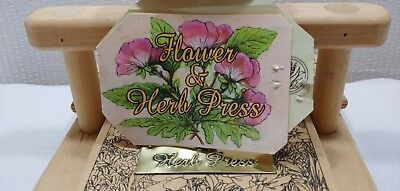 Flower Herb Leaf Press Wooden Heavy Duty Screw Book Type Graphic Design