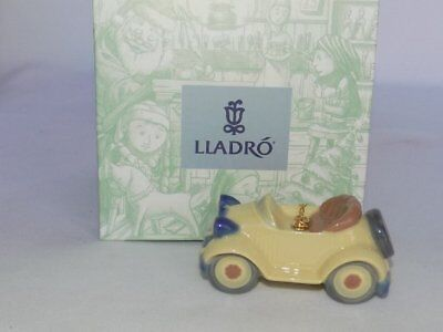 "Lladro Spain ""Little Roadster"" Auto Car 90's Porcelain Ornament Boxed #6381"