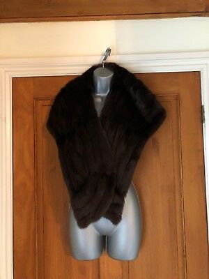 Real Fur Stole Muff Chocolate Brown Pockets