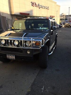 2005 Hummer H2  Hummer H2, 117k clean miles, drives perfectly, wear and tear.
