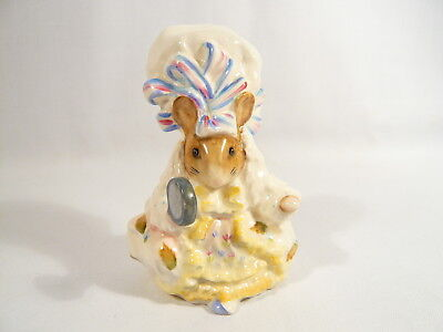 BP2a  Beatrix Potter Figurine Beswick LADY MOUSE From TAILOR Gold Oval