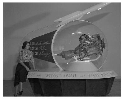 1951 Oldsmobile Engine Display Stand Automobile Factory Photo ch8273