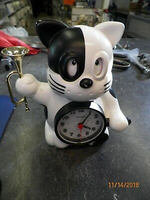 Vintage Rhythm Quartz Alarm Clock Rise And Shine Voice Bugle Cat Made In Japan