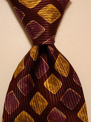 HUGO BOSS Men's 100% Silk Necktie ITALY Designer Geometric Wine/Gold/Purple EUC