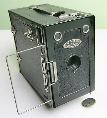 Fab 'duo-Ensign 2½' Box Camera With 'lens Cap' - Black