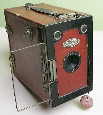 Fab 'duo-Ensign 2½' Box Camera With 'lens Cap' - Red