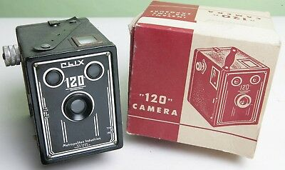 Boxed American 'clix 120' Box Camera