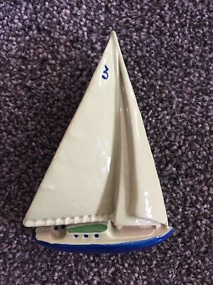 Wade Yacht Wall Plaque 1955 - GREEN sails, 4ins tall - No Damage 3 of a set of 3