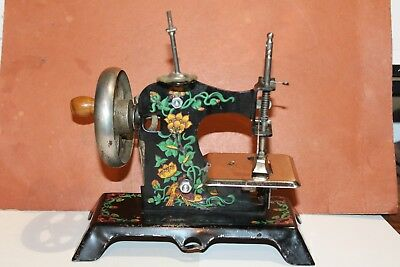 NICE VINTAGE ANTIQUE ART NOUVEAU CHILD'S SEWING MACHINE Made in Germany