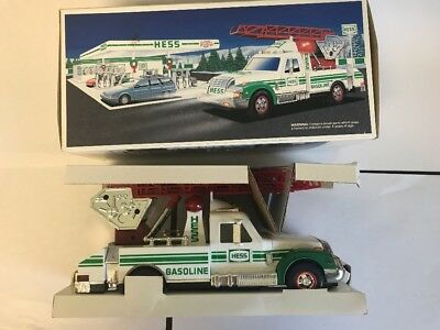 """1994 Hess """"rescue Truck"""" New In Box-Mint"""