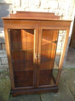A Quality Modern Mahogany Display Cabinet with interior light