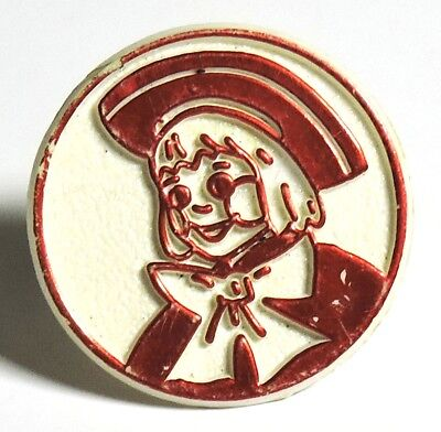 S835. VINTAGE: Red & White BUSTER BROWN Shoe Ad Open-Back Plastic Ring (1970's)