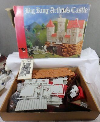 VINTAGE MINT IN BOX NEVER USED BIG KING ARTHUR'S CASTLE PLAY SET Western Germany