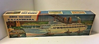 Airfix SS CANBERRA Series 5 1/600 Scale 1974 Plastic Model Ship Sealed Inside