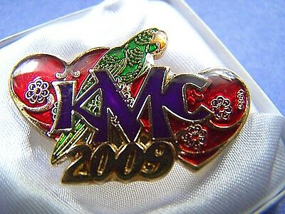 XRare 2009 Mid-City JIMMY BUFFETT---PARROTHEADS Multi-Color Mardi Gras Pin