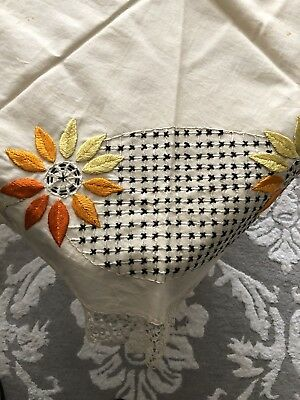 Fabulous Vintage Arts And Crafts Embroidered Tablecloth Topper