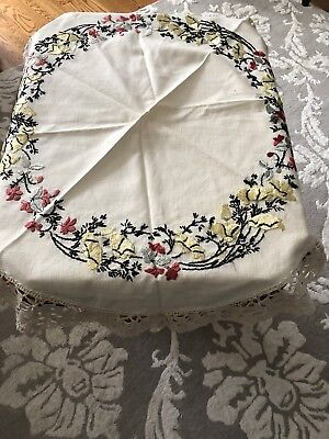 Arts & Crafts Hand Embroidered Linen Tablecloth Macrame Trim