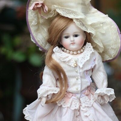 Antique Adorable Bisque Doll Fashion 1880 Closed Mouth In Top Dress Rare
