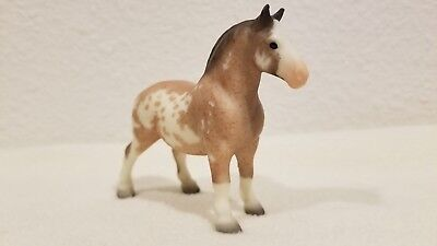 2004 JCP SR Parade of Breeds Breyer Stablemate G1 #5055 Drafter Draft Horse