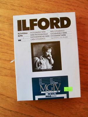 """Ilford Multigrade IV RC Deluxe pearl photographic paper 50 sheets 5"""" X 7"""""""