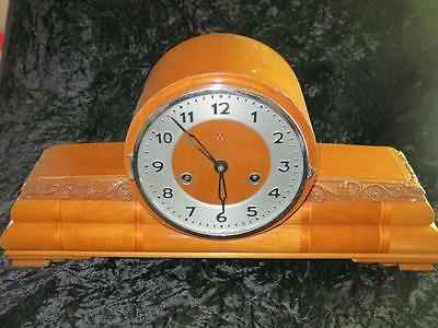VINTAGE 555 15 DAY MANTEL CLOCK Carved Wooden Case Made in China 1940s