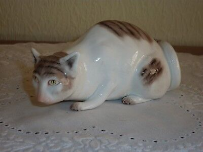 Beautiful Staffordshire Sutherland Hand Painted Bone China Cat - Head Down