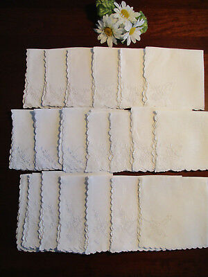 "20 White Linen ""Tea"" Napkins w/Baskets of Flowers & More, Vintage"
