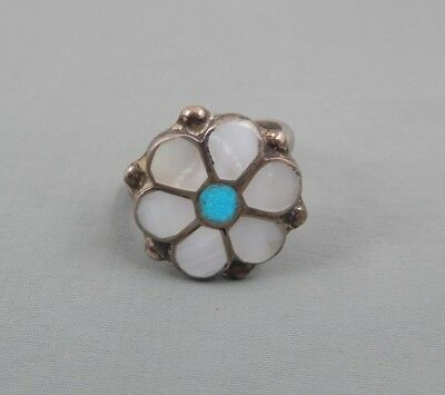 Vintage Native American Zuni Mother of Pearl Turquoise  Flower Ring sz 8