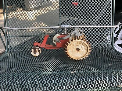Vintage Thompson Mechanical Lawn Tractor Water Sprinkler Cast Iron Rain Train
