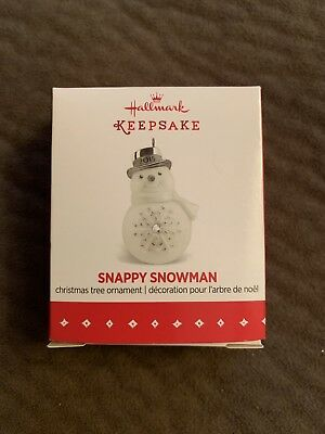 2015 Hallmark Keepsake Miniature Ornament Snappy Snowman New NIB Old Stock